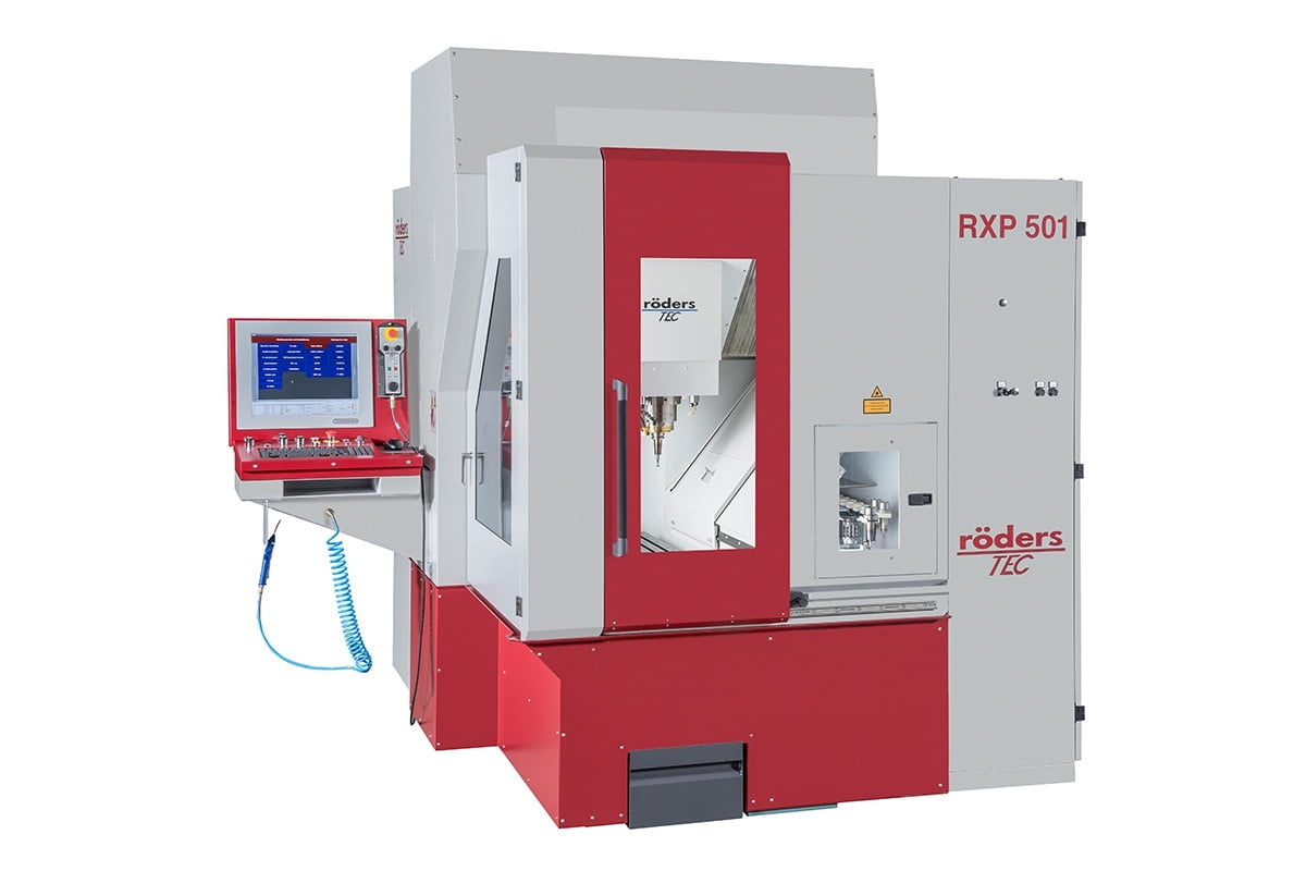 High speed machining centers with 3 and 5 axes